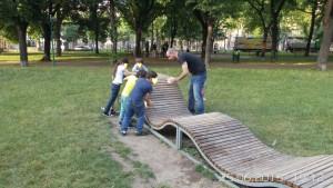 Haydnpark (Meidling) Parkbänke Bemalungsaktion